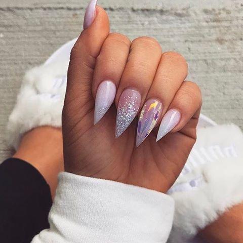 Light Purple Claws Stiletto Nails