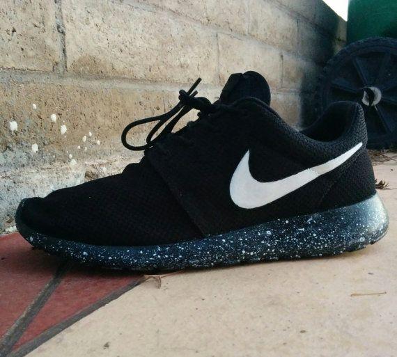 0ed6b1facf685 Nike Roshe run Oreo v.2 by CleanKickCustoms on Etsy