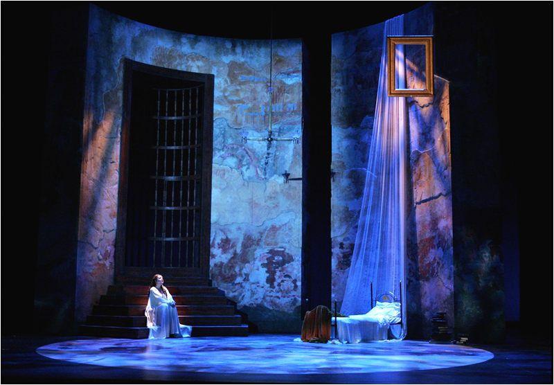 Maria Padilla Stage Lighting Design Scenic Design Set Design Theatre