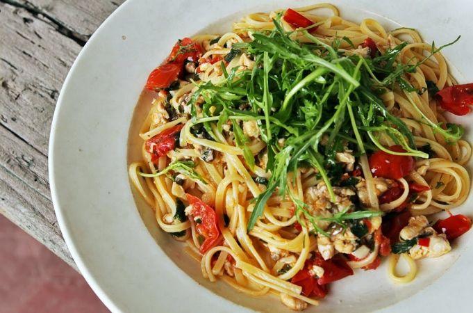 Spaghetti Alla Puttanesca Recipe Jamieoliver Com Recipes Recipe Pasta Recipes Pasta Recipes