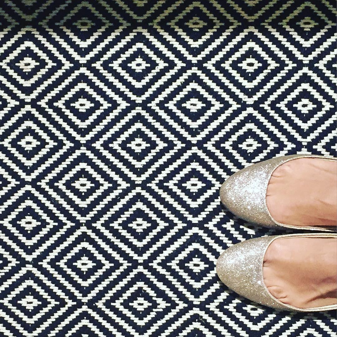 Bei #Hornbach gibt's die schönsten #Teppiche!  #interior #weaving #blackandwhite