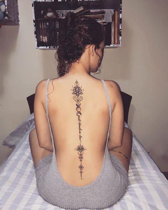 20+ Of The Best Spine Tattoo Ideas Ever #tattoo #tattoosideas #tattooart