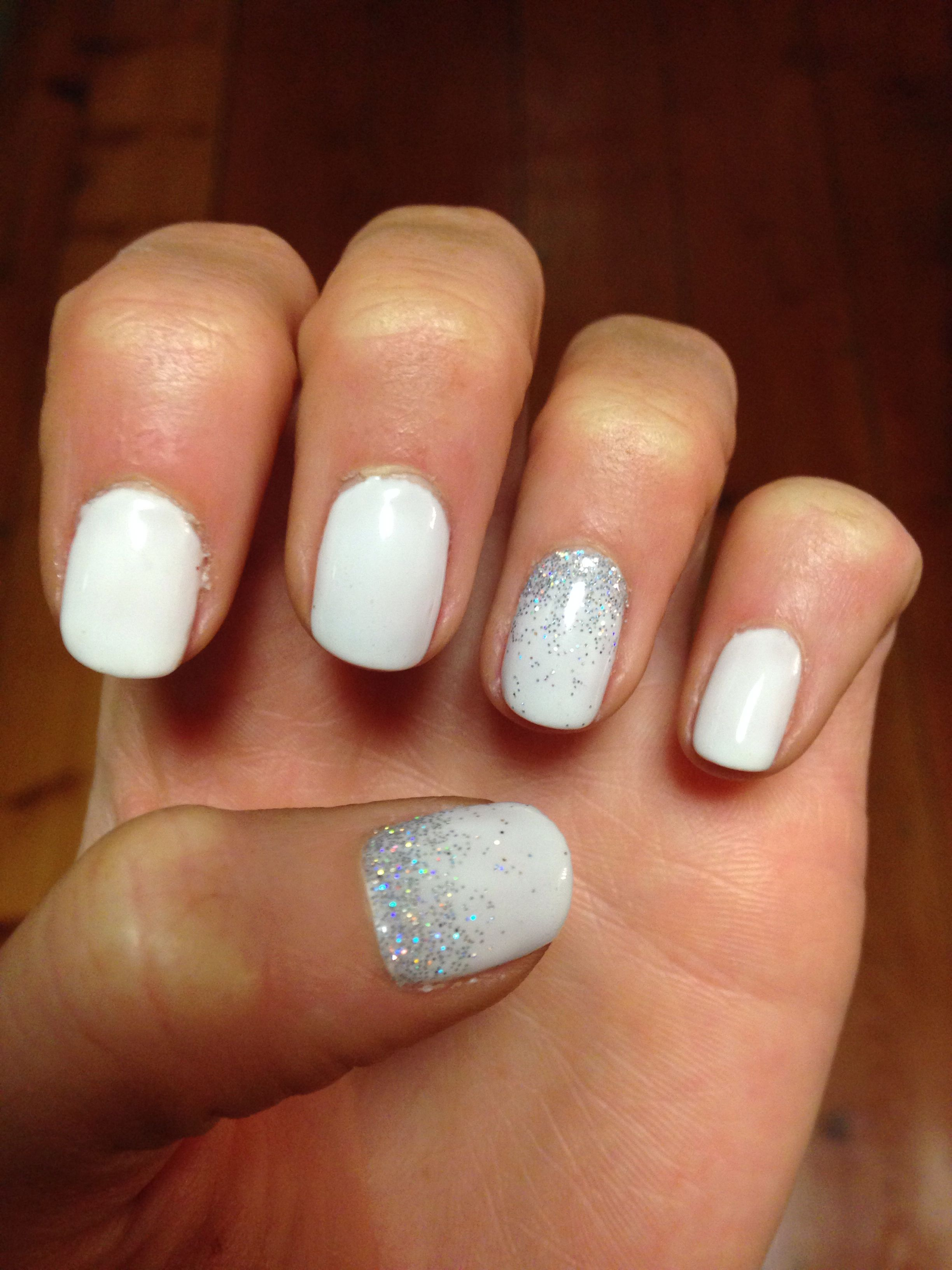 Pin By Jaymee Boguszewicz On Glitz Glam White Glitter Nails White Shellac Nails White Gel Nails