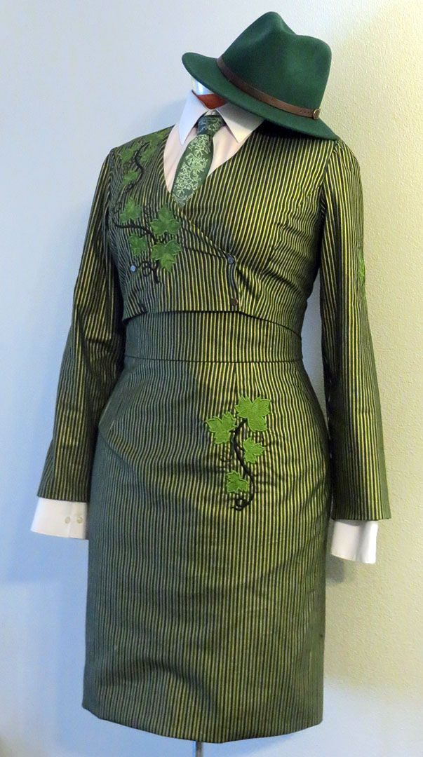 FO Mobster Poison Ivy Cosplay (1980s McCalls Pattern 6611) #sewing #crafts #handmade #quilting #fabric #vintage #DIY #craft #knitting