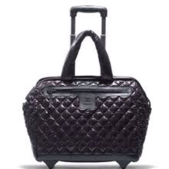 252b02acb61d Chanel trolley. Chanel trolley Coco Chanel, Chanel Black, Chanel Luggage ...