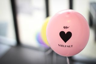 DiversityDay at Kaefer: We decorated balloons everywhere to arouse everyones curiosity