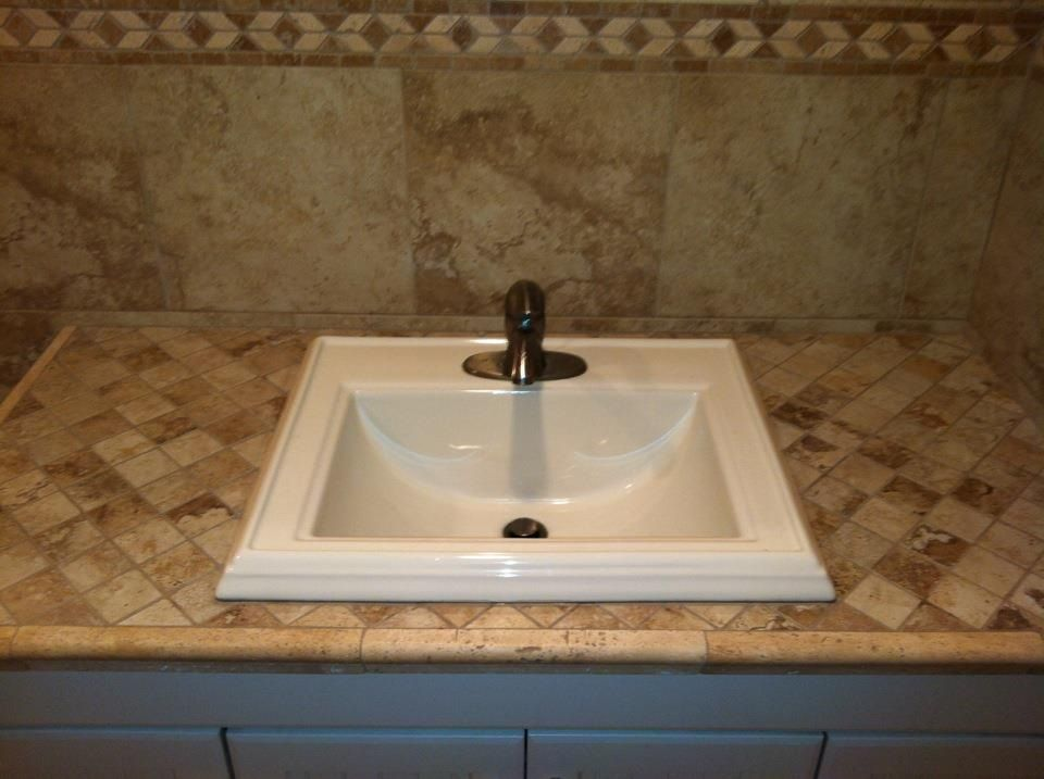 Mosaics With Travertine Chair Rail Make A A Small Countertop Look Amazing