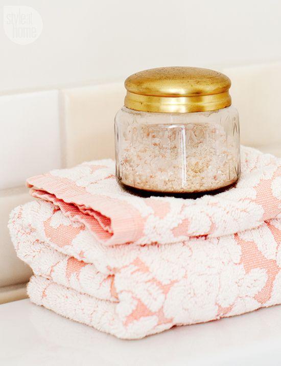 Bathroom Decor: Pretty Peach Powder Room