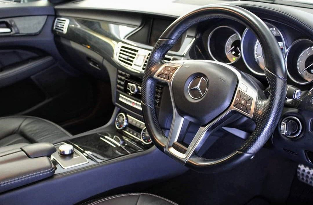 Interior detailing completed on mercedes