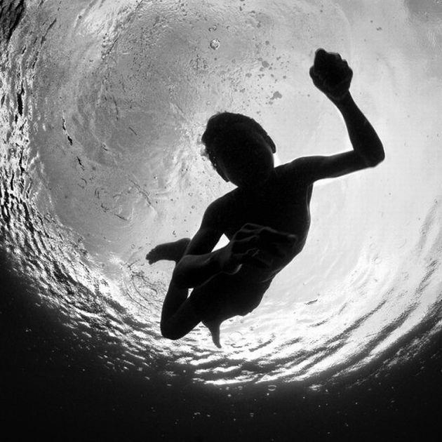 Hengki Koentjoro underwater4 Photographer Hengki Koentjoro   people underwater