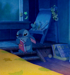 Stitch, thinks about leaving Lilo.
