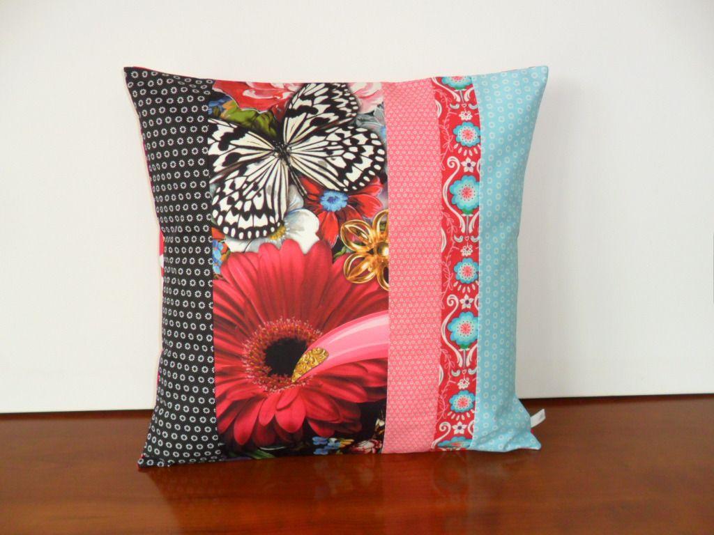 housse de coussin bohème chic avec papillon et marguerite : textiles