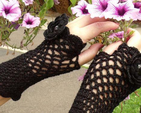 Lace crochet fingerless gloves mittens cuffs wristbands Victorian ...