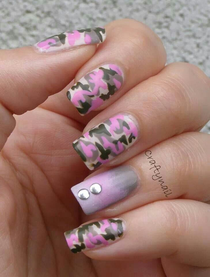 pink camo nail with ombre accent nail and studs - Pink Camo Nails Nails! Pinterest Pink Camo, Easy Nail Art And