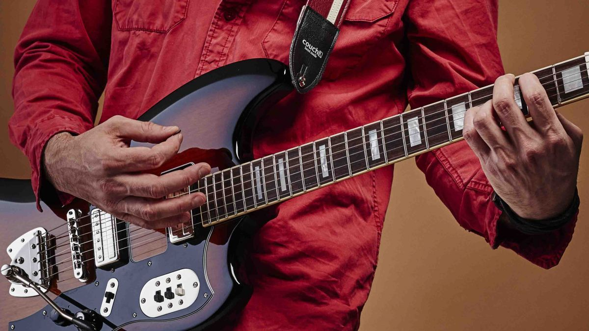 15 Easy Blues Guitar Chords Every Guitarist Needs To Know