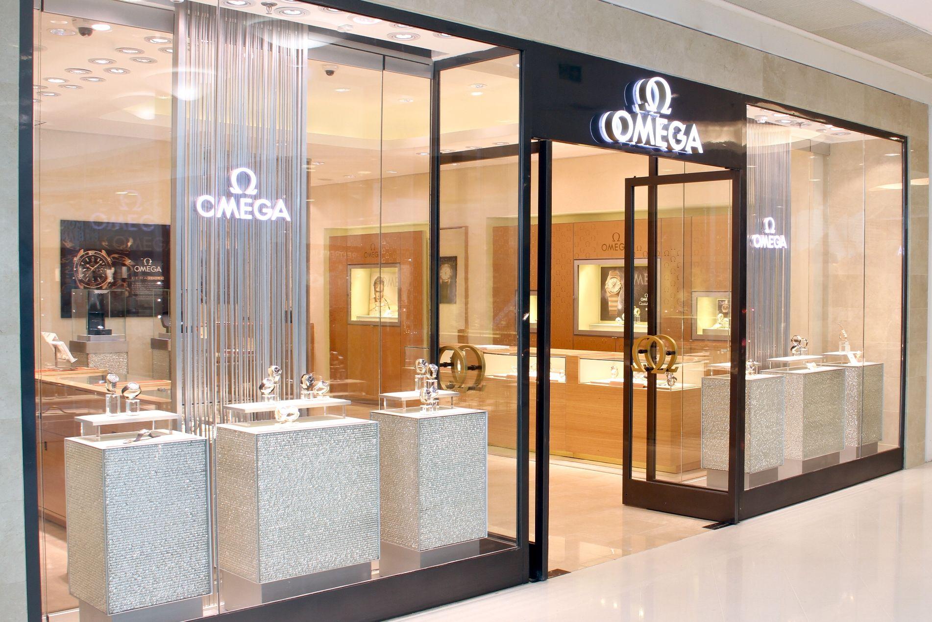 Resultado de imagen de omega store   Escaparates de cajón ...