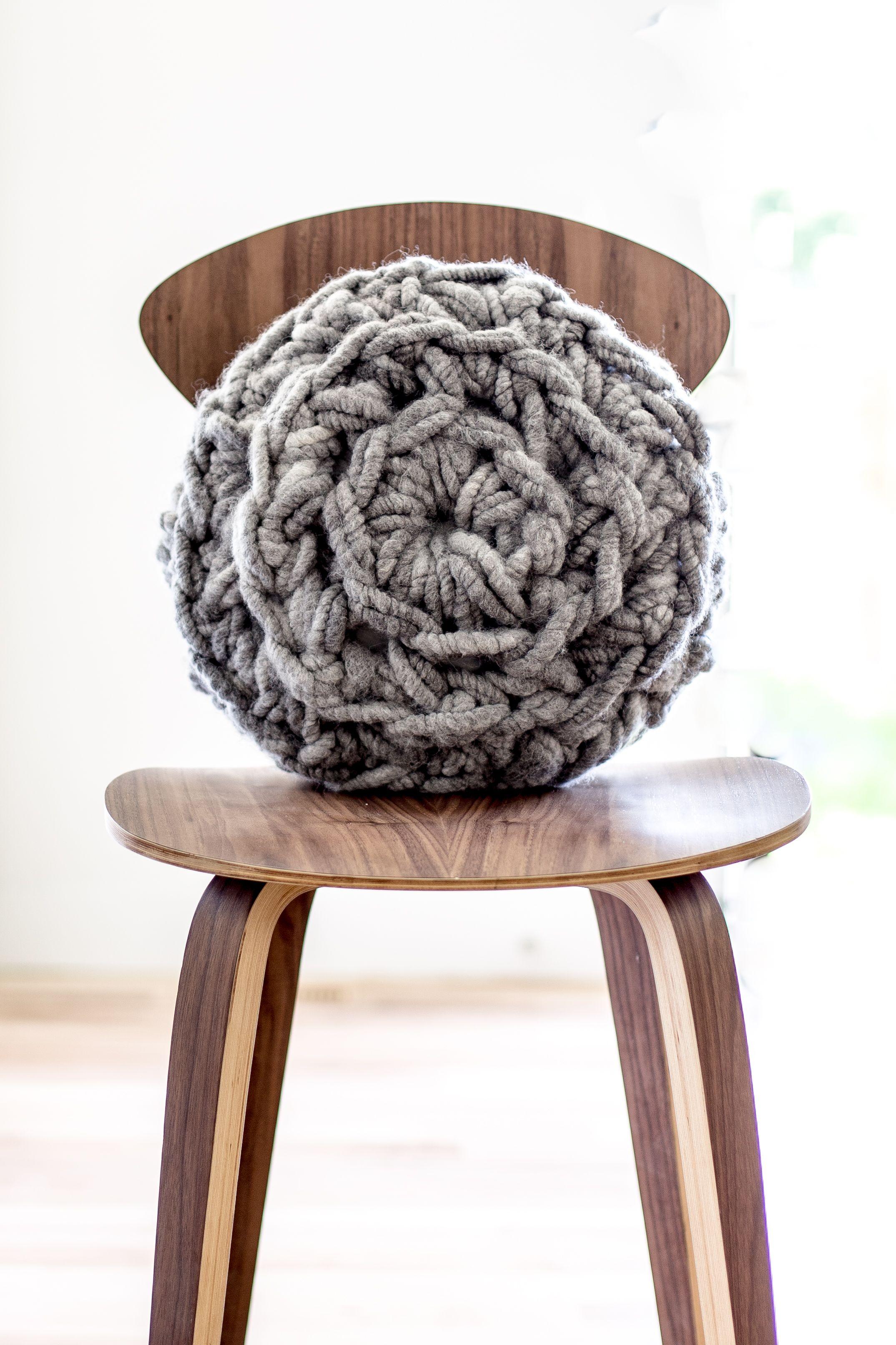 Hand Crochet Round Pillow Pattern - Flax & Twine