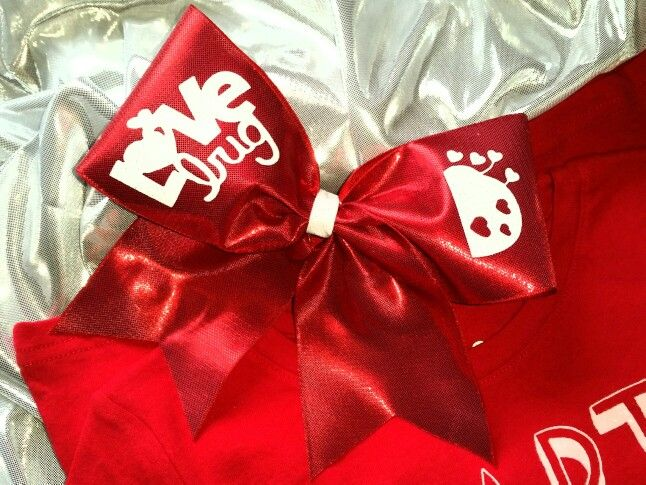 Valentines cheer bow