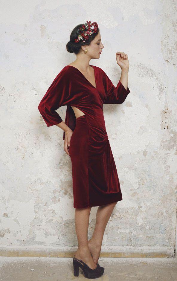 invitada de invierno perfecta. vestido de terciopelo - inspiración