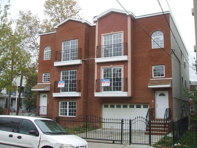 164 166 Clerk Street Jersey City Nj 2 Family Homes For Sale