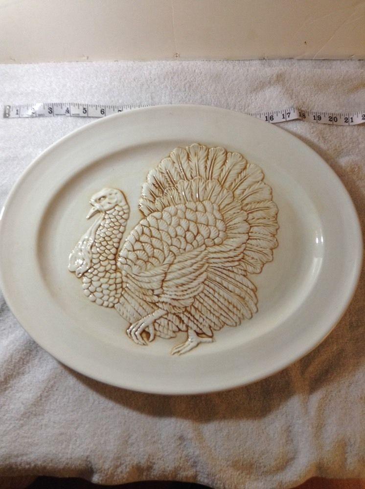 Stefan White Turkey Platter Large Raised Turkey Design Made In Italy 20 X 16 5 Turkey Platter Turkey Design Holiday Dinnerware