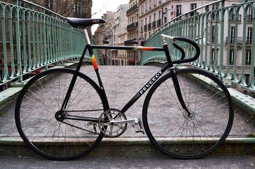 peugeot fixie peugeot bike speed bike fixed gear bike. Black Bedroom Furniture Sets. Home Design Ideas