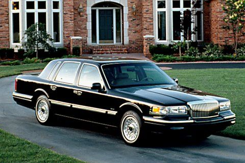 1990 1997 Lincoln Town Car Photo Consumer Guide Automotive