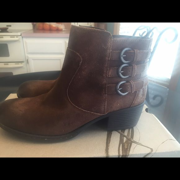B o c. Boots B o c Bonny suede boot. Cute never worn B o c  Shoes Ankle Boots & Booties