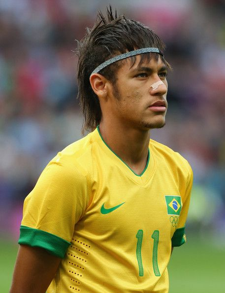 Neymar Photos Photos Olympics Day 11 Men S Football S F Match 30 Korea V Brazil Top Haircuts For Men Sports Hairstyles Messy Hair Look