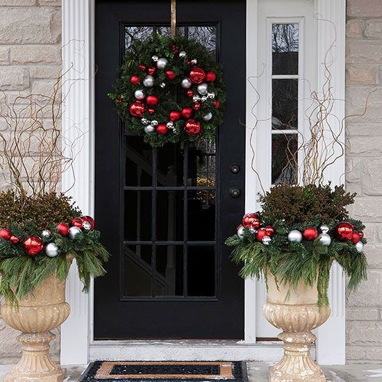 Pretty Christmas Door Decorations Silver ornaments, Front doors