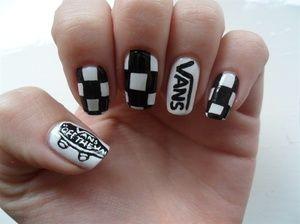 Black and white Vans \u0026 checker nail art