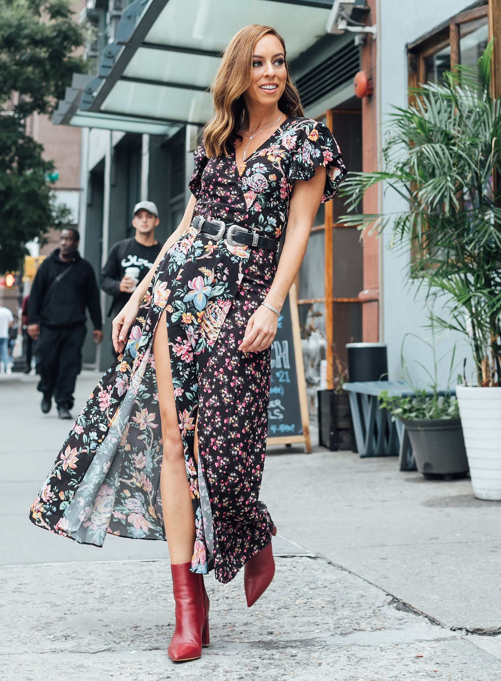 a93b84ca1748 Sydne Style wears french connection floral maxi dress for fall boho trend   florals  western  booties  sydnesummer