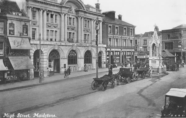High Street Maidstone in 1920. Maidstone is the county ...