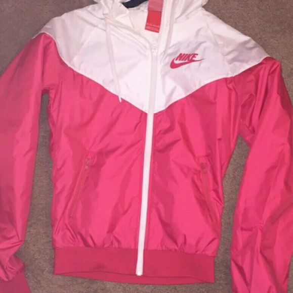 Rare Nike windbreaker jacket -full zip authentic Nike running jacket  -colors  white and almost neon pink bright pink -size  xsmall -feels like  xxsmall -runs ... 82e8f7167