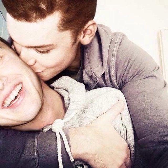 Cameron Monaghan Gay Kiss