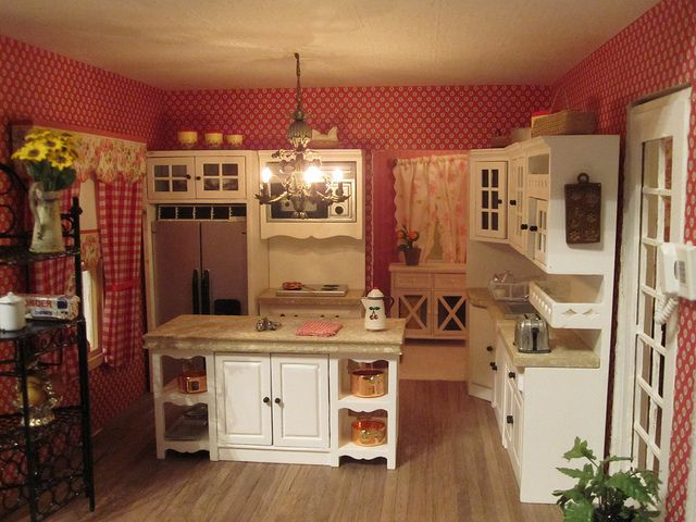Miniature French Country Kitchen   Dollhouse Miniatures ...