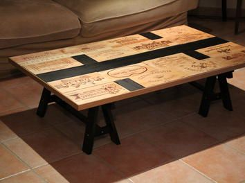 table basse d coration caisse vin astuces maison wein tisch tisch et m bel. Black Bedroom Furniture Sets. Home Design Ideas