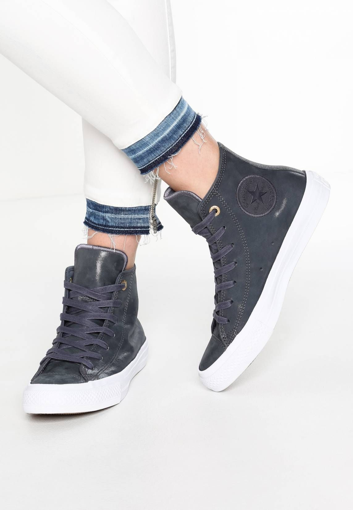 5ab9bce86b50 Converse. CHUCK TAYLOR ALL STAR II - Sneakers hoog - sharkskin white.  voering