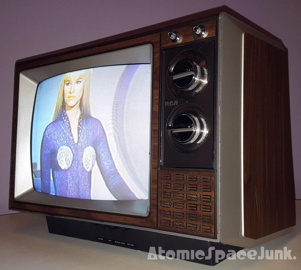 1984 Rca 13 Inch Color Tv Vintage Television Vintage Tv Retro Tv