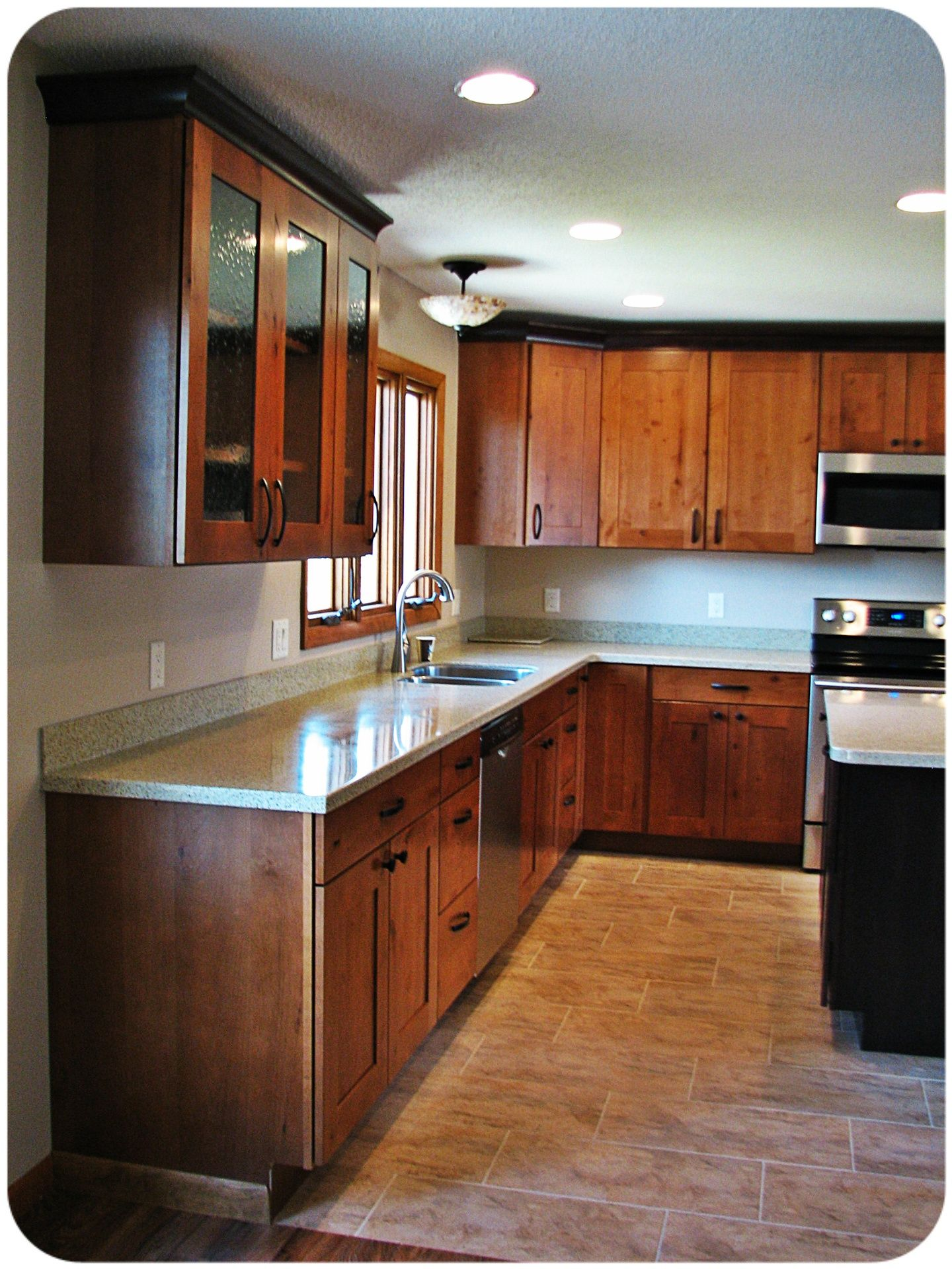 Westportkitchenandbath Com Countertops Mid Continent Cabinetry