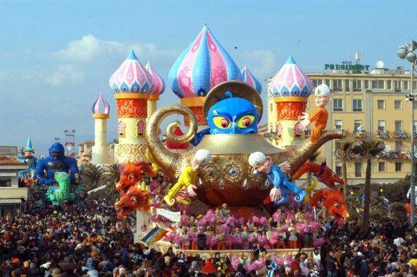 Carnevale Di Viareggio Partenze Da Bergamo E Milano 8 15 22 E 28