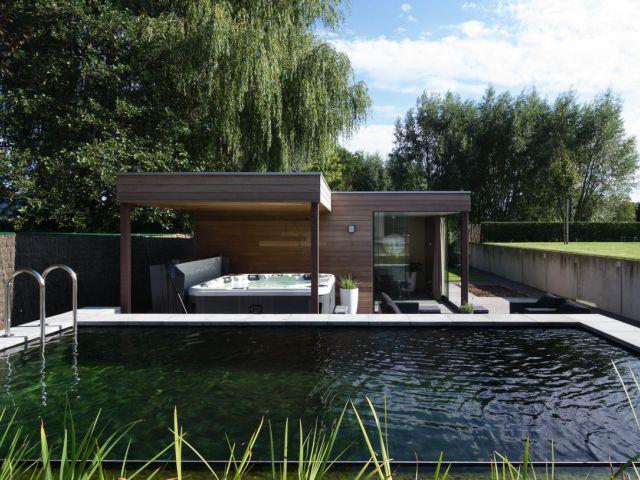 Modern poolhouse met overdekt terras pool house moderne avec