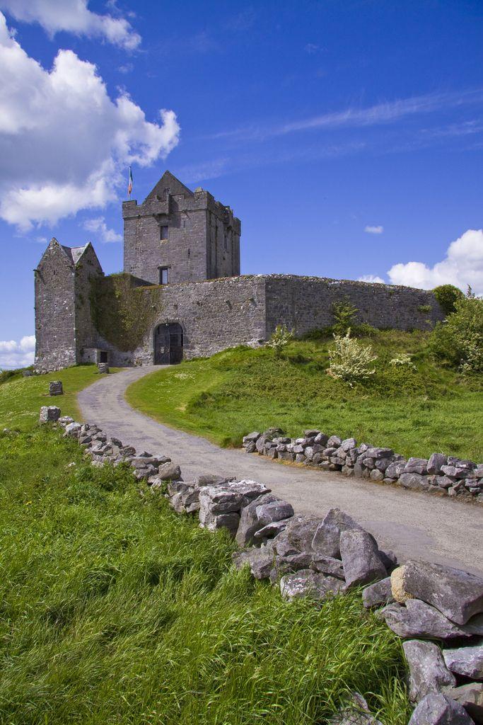 Dunguaire, Castle