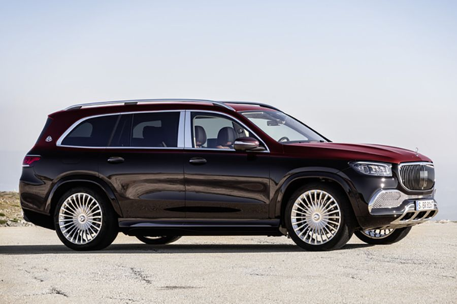 Mercedes Benz Enters The Luxury Suv Class With Maybach Suv Maybach Mercedes Maybach Luxury Suv