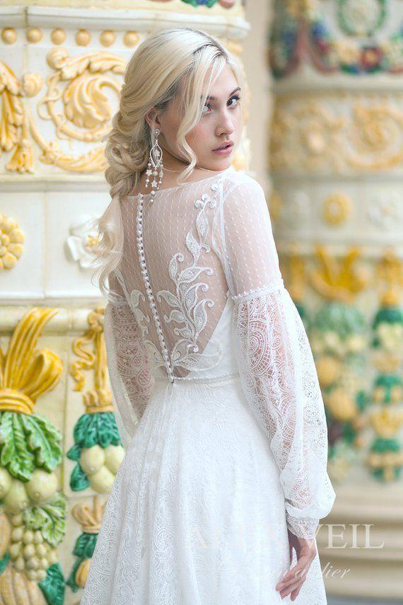 Photo of Boho Brautkleid 'VIOLA' mit schönen spitzenärmeln, Spitzenrock und Perle details