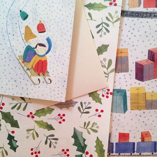 Carte e biglietto arrivati!!!  grazie @multifolia_atelier #illustration #wrappingpaper #christmas #multifoliaatelier