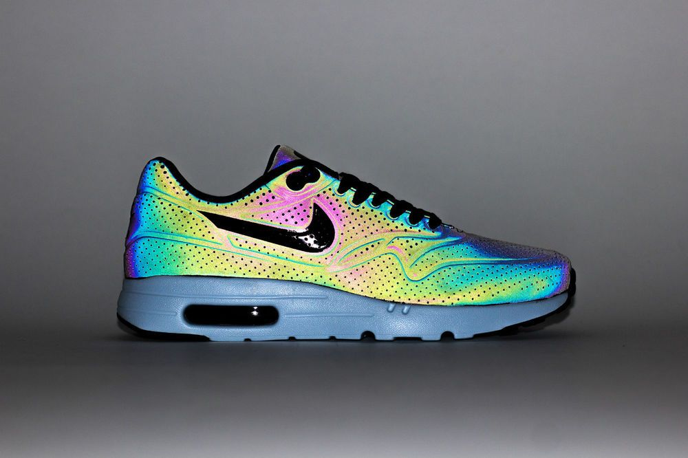 size 40 072a8 842f9 Nike Air max 1 Holographic Iridescent Chameleon Ultra Moire -777428-200 -  UK 8.5