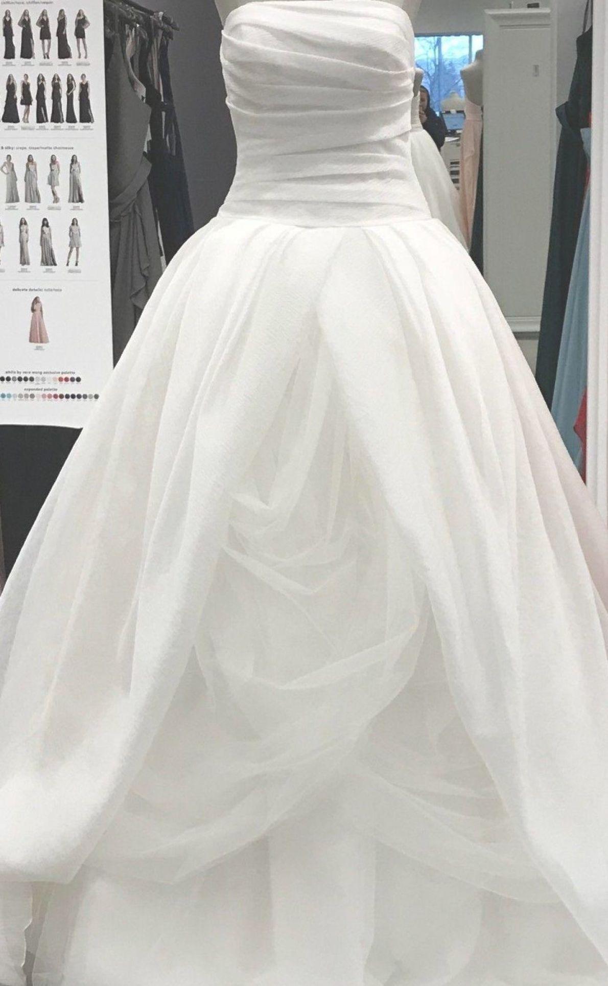 Vera Wang Hochzeitskleid  Wedding dresses vera wang, Vera wang