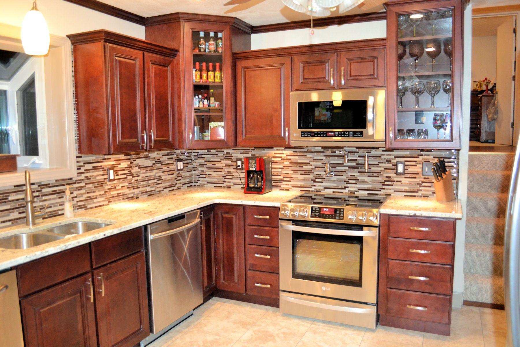 Interior Stylish Red Shaker Cabinet Doors With Mosaic Brown White Kitchen Backsplash And Freestandin Rustic Kitchen Modern Kitchen Design Kitchen Design Small