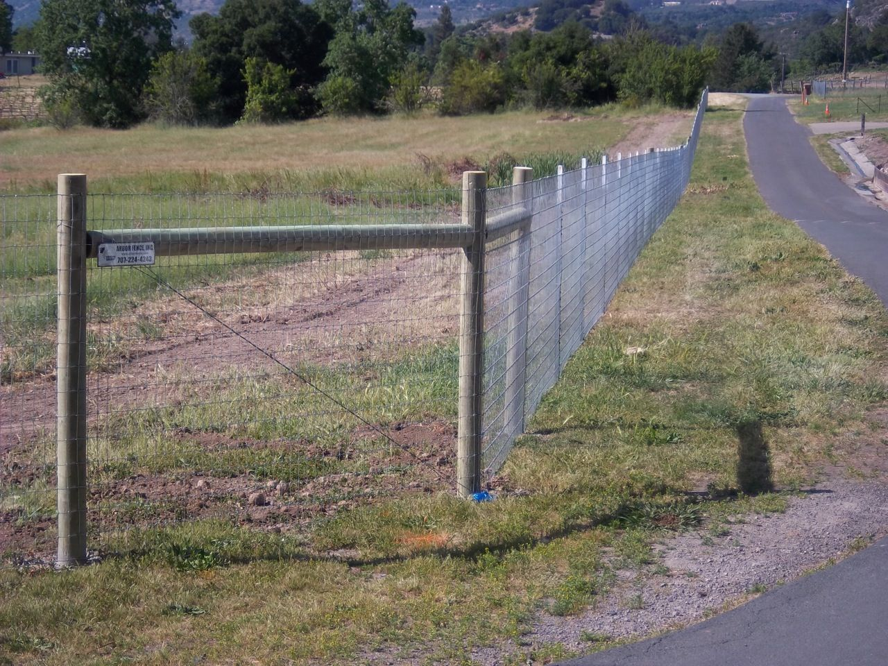 2x4 Non-Clime wire fence with Lodge Poles | Horse Fence | Pinterest